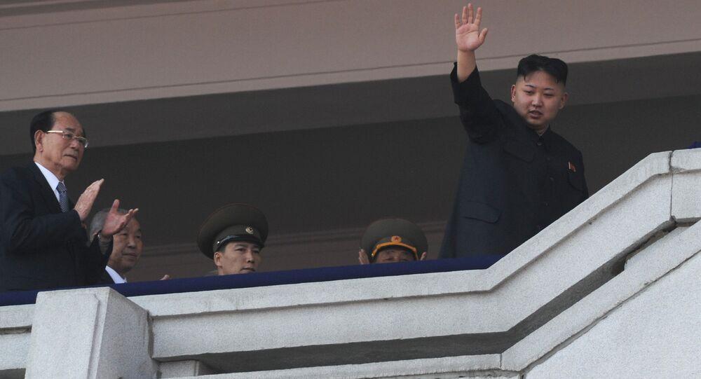 Военный парад, посвященный 100-летию со дня рождения Ким Ир Сена