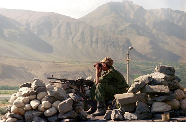 Russian Foreign Ministry on Friday advised citizens to avoid or defer travel to Tajikistan's Gorno-Badakhshan Autonomous Region which has been hit by a controversial armed conflict.  - Sputnik International