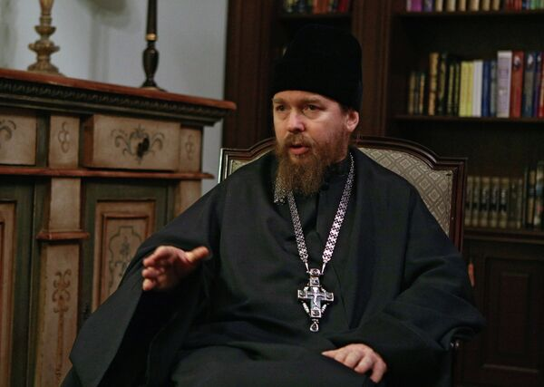 Father Tikhon - Sputnik International
