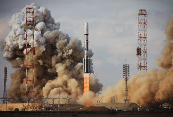 Russia's Space Program to Focus on Landing Missions – Expert - Sputnik International