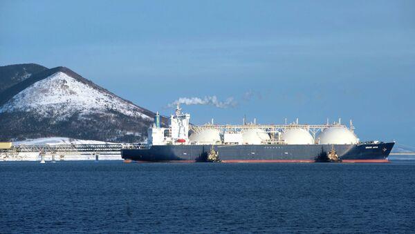 LNG Tanker Makes Arctic Route Debut - Sputnik International