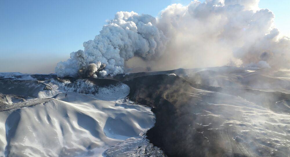 Kamchatka Volcano Erupts After 36-year Inactivity