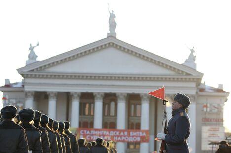 Генеральная репетиция парада к 70-летию Сталинградской битвы