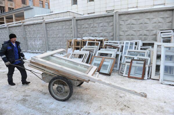 Chelyabinsk Region Recovers from Meteor Crash - Sputnik International
