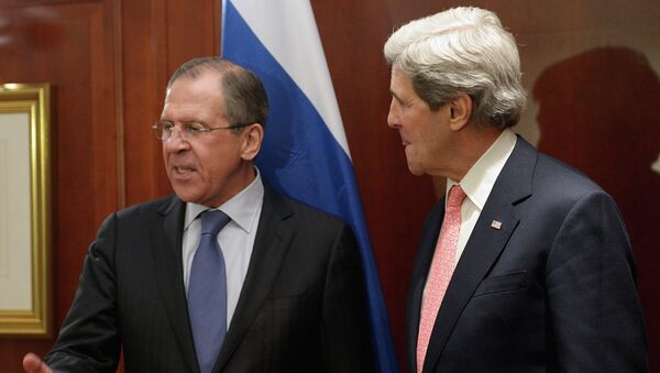 Russian Foreign Minister Sergei Lavrov and US Secretary of State John Kerry agreed in a phone conversation Friday that the Contact Group on Ukrainian reconciliation should resume its work as soon as possible - Sputnik International