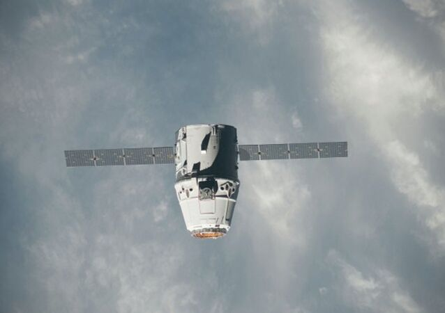 Dragon spacecraft approaches the International Space Station on May 25, 2012 for grapple and berthing