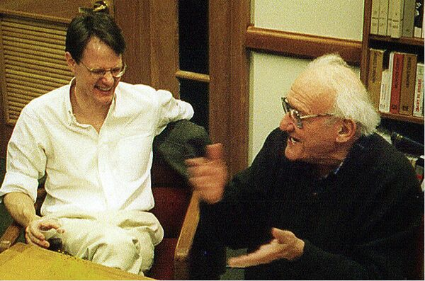 Joseph Frank (right) swaps stories with Chicago University comparative literature professor Haun Saussy during an informal faculty gathering at Stanford University in 1999. Frank, whose five-volume biography of 19th-century Russian novelist Fyodor Dostoevsky is regarded as a masterpiece of biographical history and literary criticism, died last Wednesday in California at the age of 94. - Sputnik International