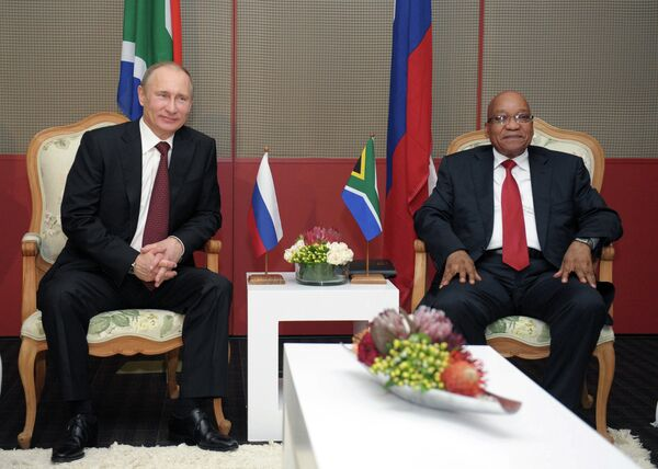 Vladimir Putin and Jacob Zuma - Sputnik International