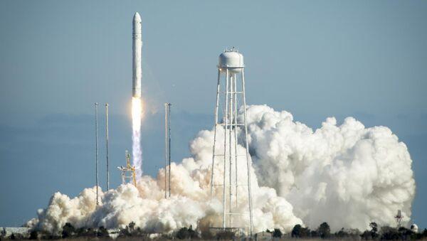 Antares Rocket Launches - Sputnik International