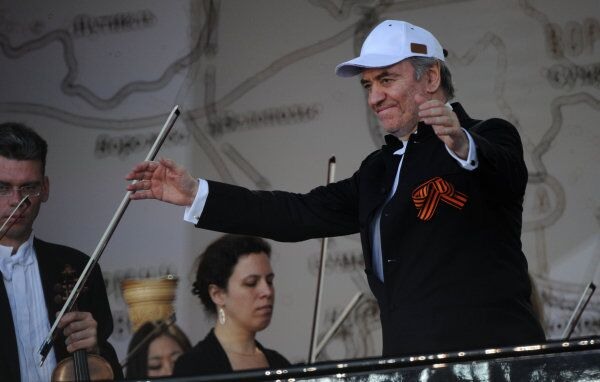 Conductor Valery Gergiev, photographed in Moscow in 2013 - Sputnik International