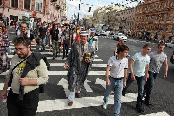 Members of the Russian Church of the Flying Spaghetti Monster - Sputnik International