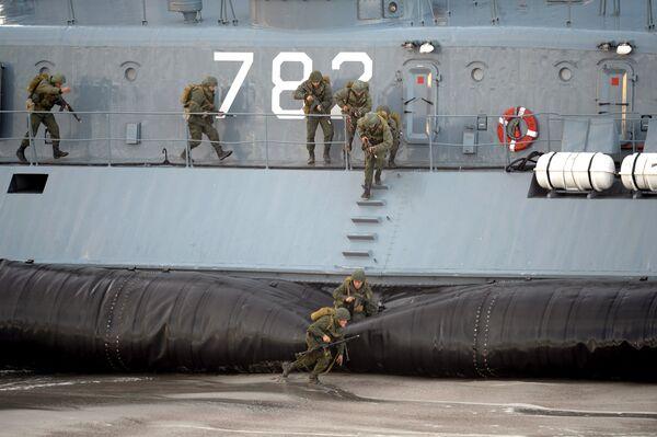 The Zapad-2013 (West-2013) military drill in Kaliningrad, Sept. 26 - Sputnik International