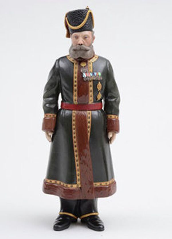 The statuette depicts Nikolai N. Pustynnikov, bodyguard to Empress Alexandra – wife of Russia's last Tsar, Nikolai II - Sputnik International