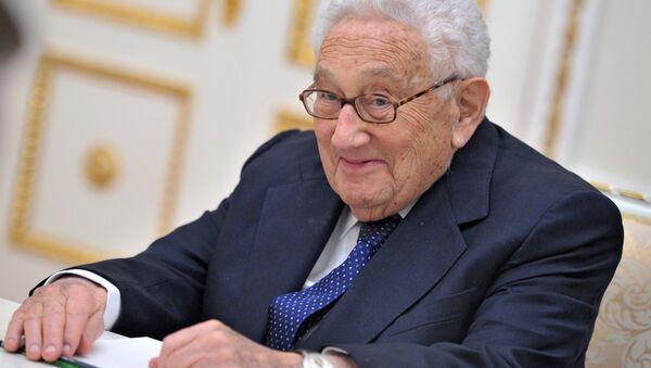 Henry Kissinger during a meeting with President Vladimir Putin in the Kremlin. Oct.29, 2013 - Sputnik International