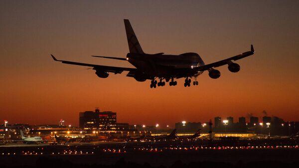 A Boeing 747 landing at Sheremetyevo Moscow Airport - Sputnik International