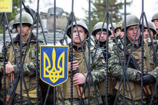 Ukraine Defense Chief's Report Paints Bleak Picture of Armed Forces - Sputnik International