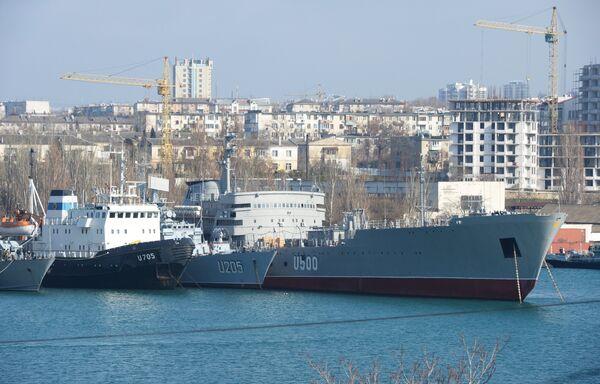 Inspection of Ukrainian Ships Entering Russia's Black Sea Fleet To Be Done by Year's End - Sputnik International