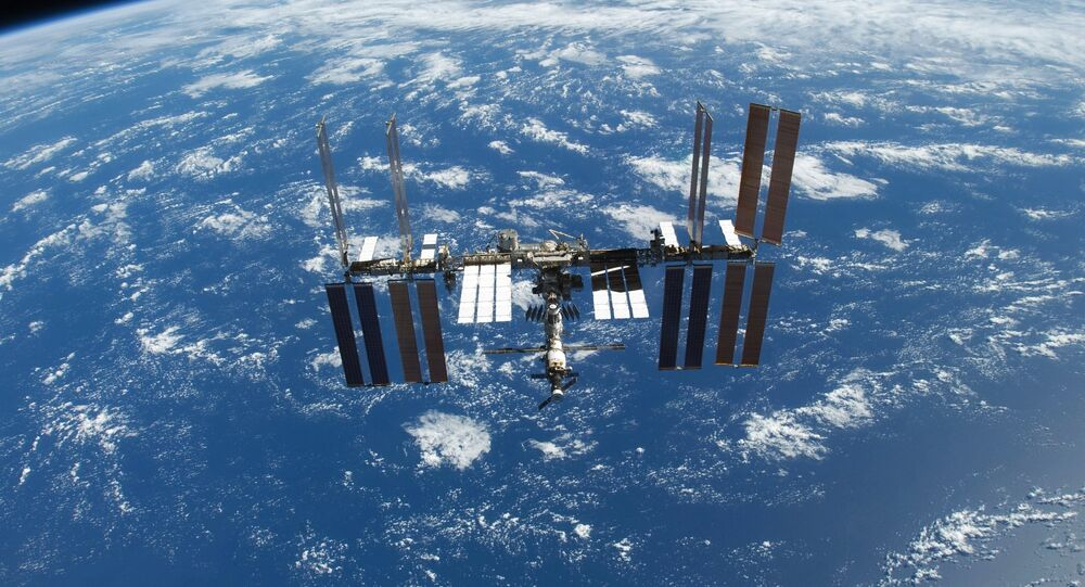 ISS initiates move to avoid space debris