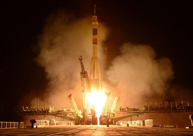 Старт пилотируемого корабля Союз ТМА-13М с космодрома Байконур