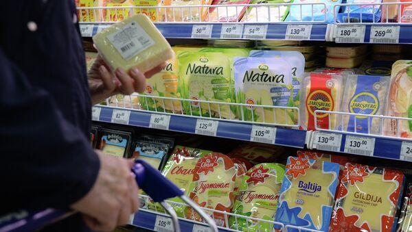 Foreign-made food in a Russian supermarket - Sputnik International
