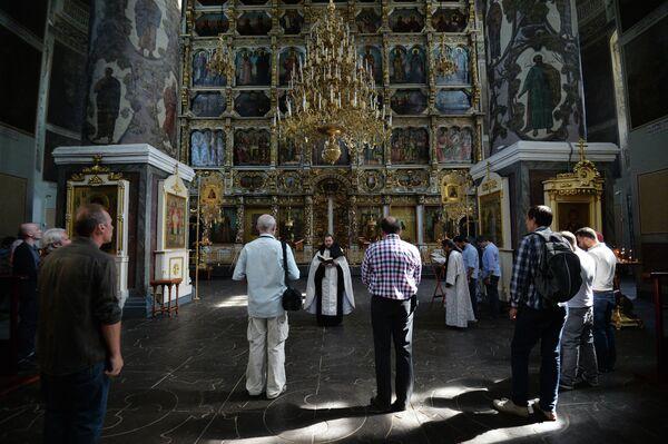 Prayer for Andrei Stenin in the Donskoy Monastery - Sputnik International