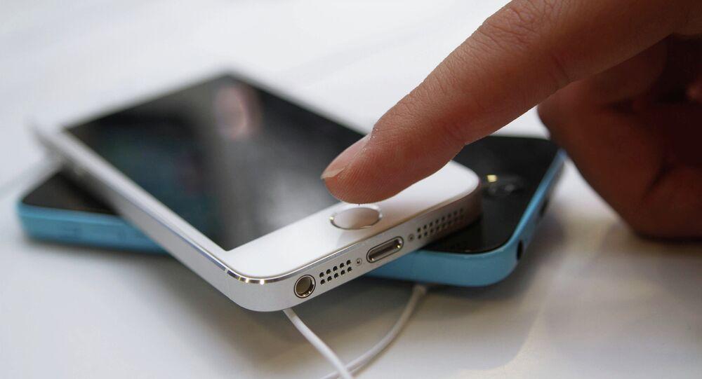 Официальный старт продажи iPhone 5s и iPhone 5c в Москве