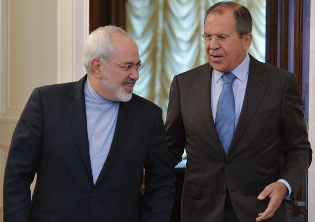 Russian Foreign Minister Sergei Lavrov (right) and Iranian Foreign Minister Mohammad Javad Zarif