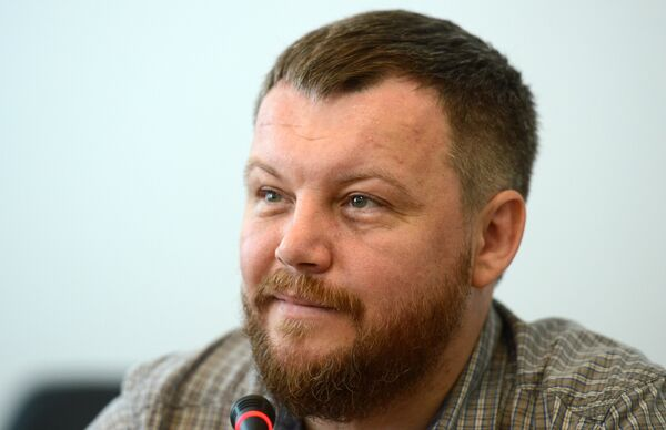 The self-proclaimed Donetsk People's Republic (DPR) does not exclude holding dialogue with Kiev in regard to social and economic policies after studying Ukraine's legislative project on the special status of eastern Ukraine, DPR Deputy Prime Minister Andrei Purgin said. - Sputnik International