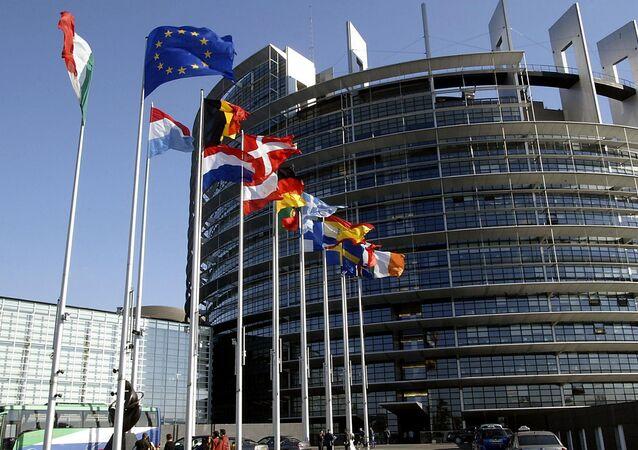 Ввести санкции против руководства Белоруссии требует Европарламент