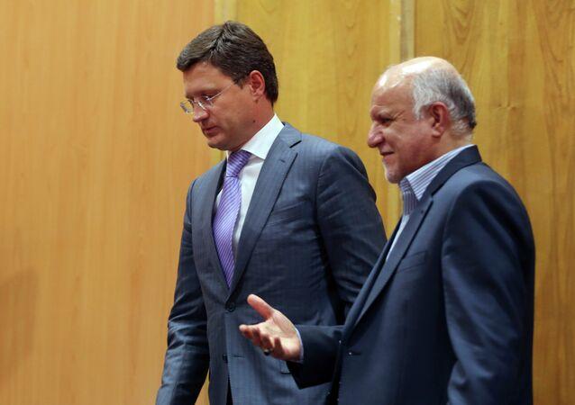 Russian Energy Minister Alexander Novak, left, and Iranian Oil Minister Bijan Zanganeh