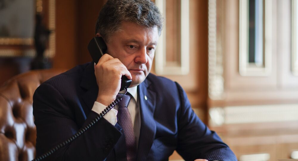 The import of electricity to Ukraine should be carried out by state-owned companies without any intermediaries, Ukrainian President Petro Poroshenko said Sunday.