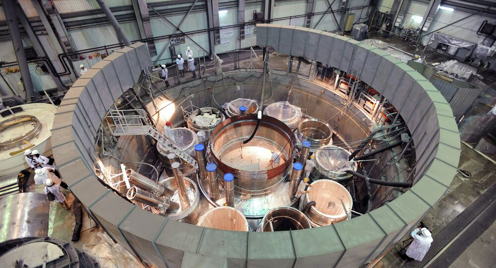 Assembling a reactor in the 'clean area' of the BN-800 power unit at the Beloyarskaya NPP